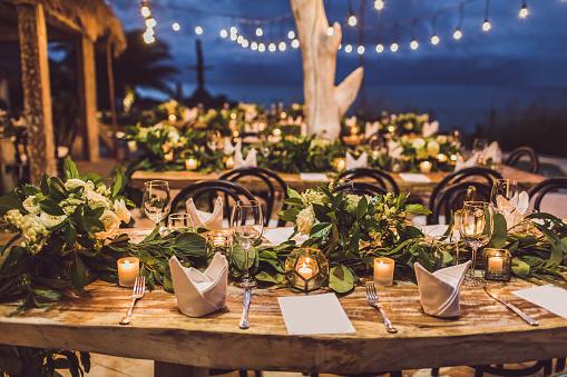 restaurant outdoor tables